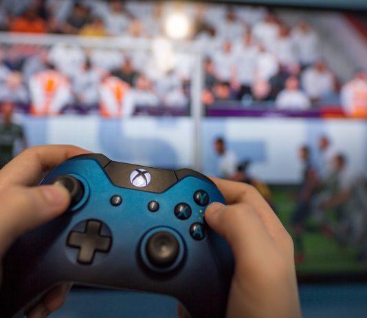 فوت و فن خرید کنسول بازی؛one Xbox