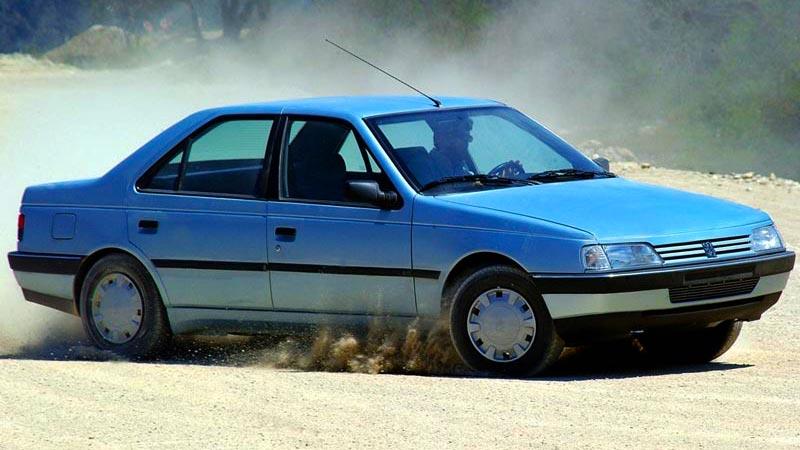 پژو ۴۰۵ - نگاهی به پرفروشترین خودروهای ایرانی