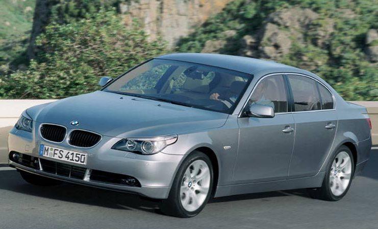 مقایسه بامو سری 5 سدان 530xi با کیا اپتیما GT لاین، لکسوس ES 250 و هیوندای آزرا گرنجور