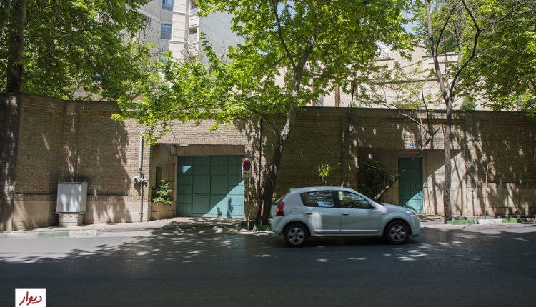 خیابانی در نیاوران تهران