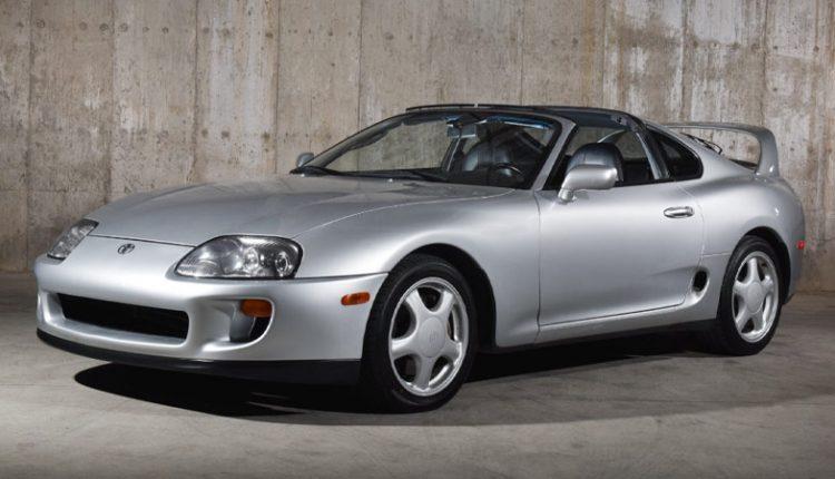 نمای جانبی تویوتا سوپرا مدل ۱۹۹۵