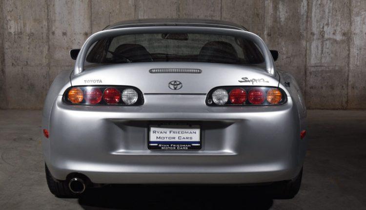نمای پشتی تویوتا سوپرا مدل ۱۹۹۵