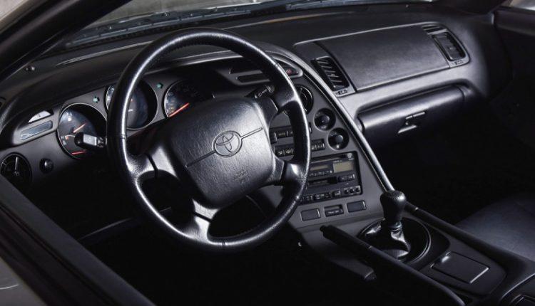 نمای داخلی تویوتا سوپرا مدل ۱۹۹۵